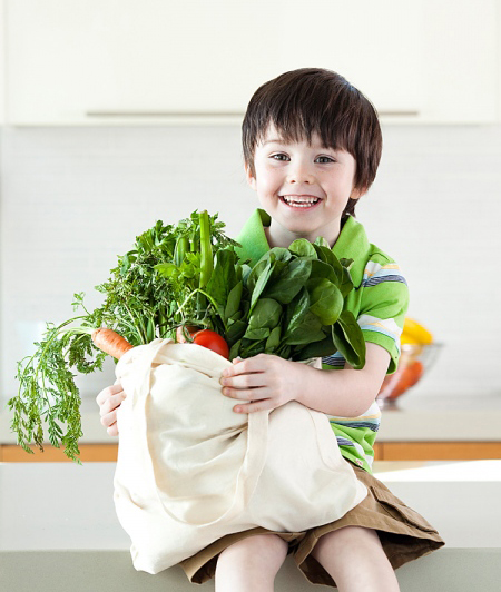 Những sai lầm tai hại khi cho con ăn rau