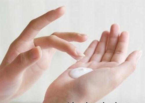 Hướng dẫn chăm sóc da mịn trắng như sứ