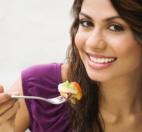 Ăn chậm, nhai kỹ – Đơn giản nhưng hay bị lãng quên