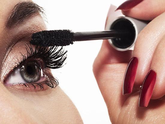 8 mẹo giúp mi mắt bạn trông dài hơn