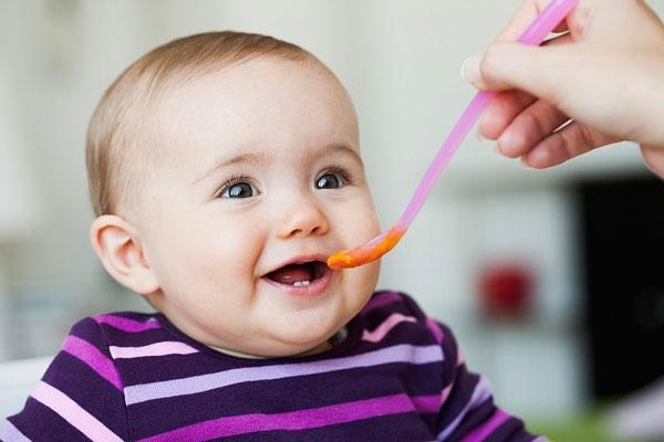 Hướng dẫn chọn thực phẩm tốt nhất cho con bạn khi bị ho