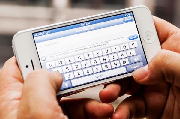 Nhắn tin điện thoại quá nhiều và những hậu quả khôn lường 1