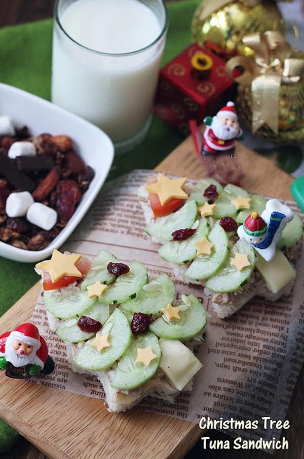 Bánh sandwich hình cây thông Noel đẹp mắt ngon miệng 12