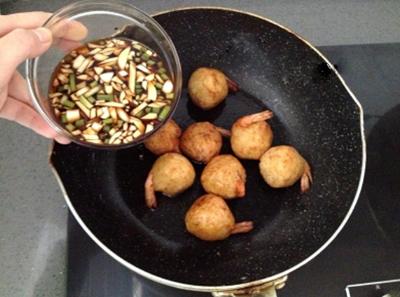 Khoai tây bọc tôm bùi bùi rùm rụm 8