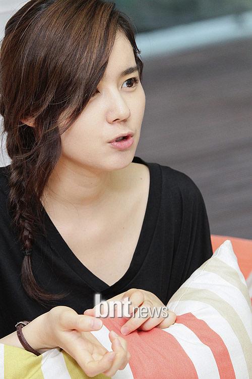 Bí quyết đẹp 'không tuổi' của Han Ga In - 12