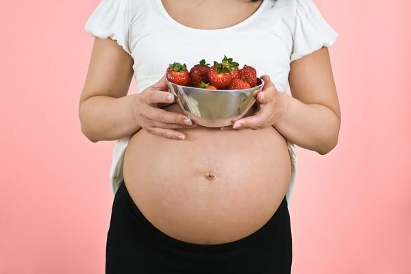 Khám phá chuyện ăn uống của bé ở trong bụng mẹ 5