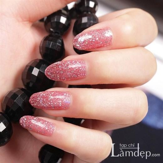 Style nail óng ánh quyến rũ phái đẹp