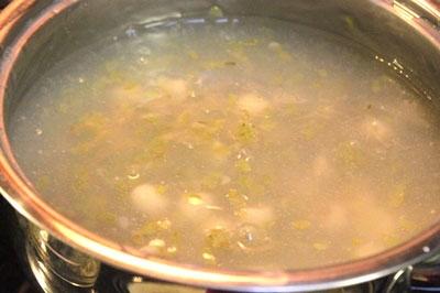 Cách nấu chè hạt sen và cốm