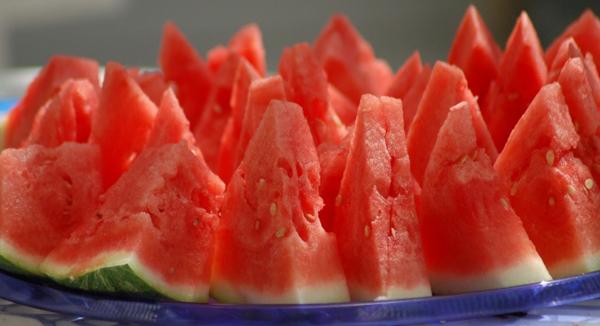 10 loại quả ăn vào giúp da đẹp miễn chê 2