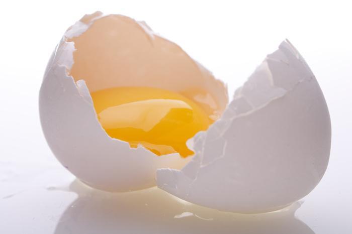 lòng trắng trứng da