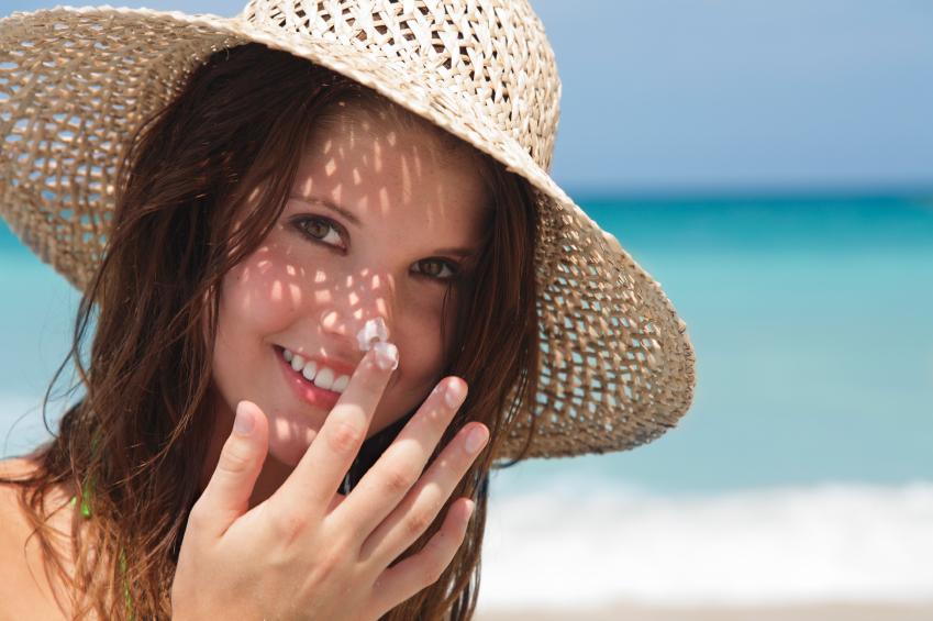 chọn kem chống nắng cho da nhạy cảm