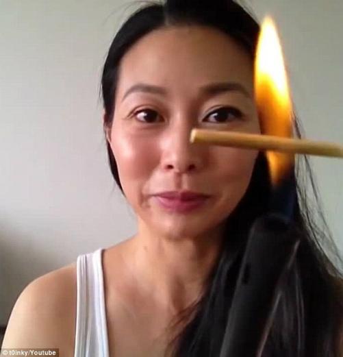 hơ lửa đốt lông mi