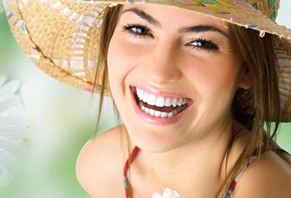 lưu ý khi làm trắng răng bằng thực phẩm