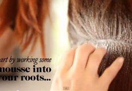Cách búi tóc Chignon gắn hoa xinh xắn