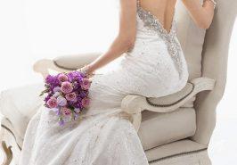 Váy cưới cổ điển lãng mạn và gợi cảm