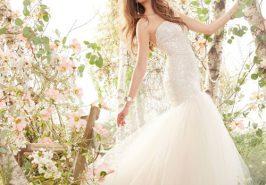 Váy cưới xuân hè đơn giản, đáng yêu