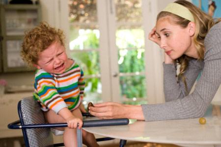 Bí quyết giữ bình tĩnh trước trẻ