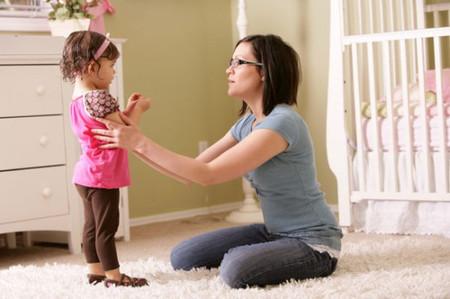 4 cách hiệu quả để mẹ xoa dịu bé