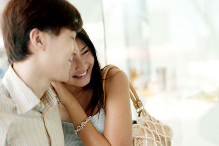 Làm sao để thể hiện tình yêu với vợ