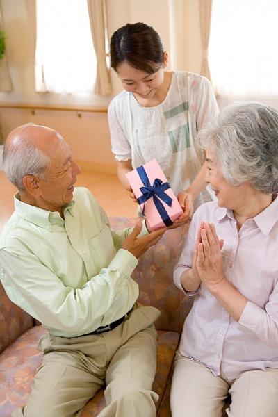 Tìm hiểu gia đình người yêu trước khi cưới