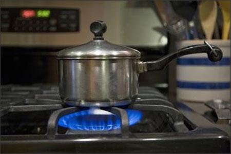Làm sao để tiết kiệm gas trong nhà bếp