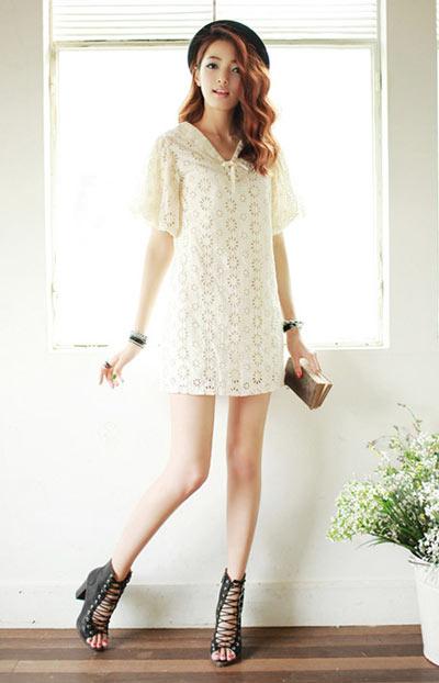 Bí quyết dự tiệc cưới quyến rũ với váy trắng