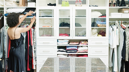 Dọn tủ quần áo sao cho… chuyên nghiệp?