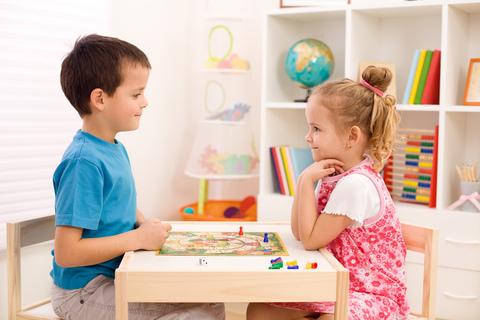 4 dạng trò chơi giúp trẻ phát triển toàn diện