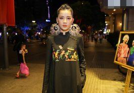 Chi Pu bí ẩn với áo dài đen và hoa tai to bản cá tính